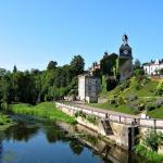 la tour Louis XVI et la rivière Aire